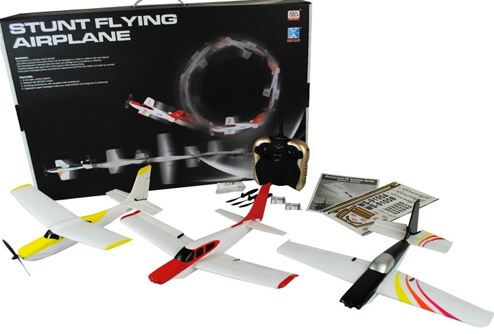 3_Planes_In_One_Stunt_Flying_Plane_box_and_contents