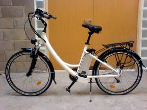 Electric_Ladies_Shopping_Bike_250W_Left_3_800
