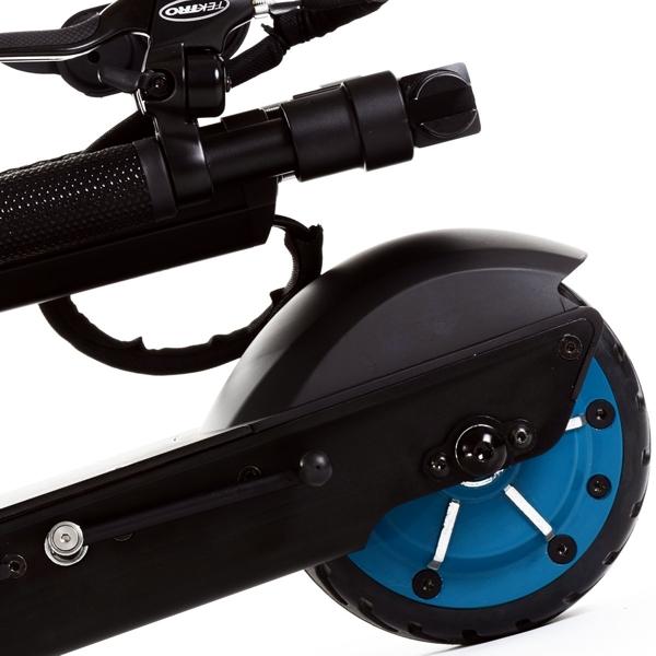 egret_one_v3_urban_electric_scooter_rear_wheel_detai